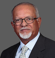 Portrait de James M. Singh